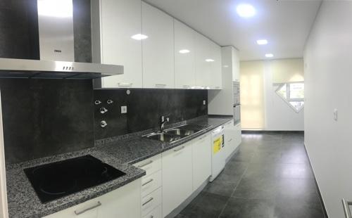 Apartamento T3 em Famões